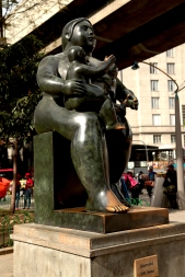 botero-mother-and-child
