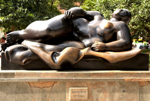 botero-the-reclining-lady